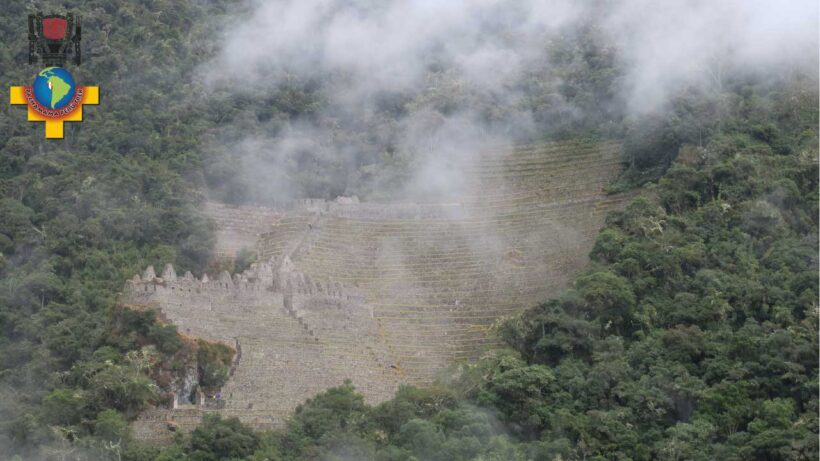Archaeological-ruins-of-the-short-Inca-trail-of-2-days