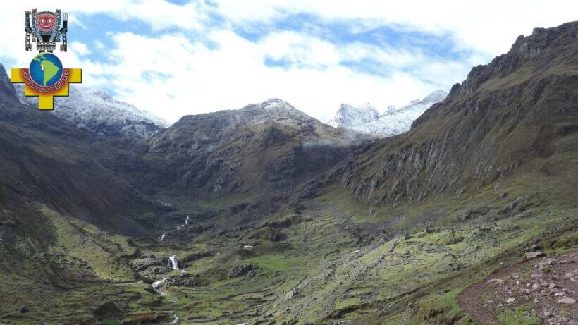 snow-capped-mountains-of-the-route-lares-4-days-in-peru